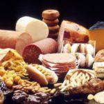 Mangiare alimenti grassi fa invecchiare più velocemente