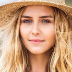 Proteggere i capelli dal sole: come fare