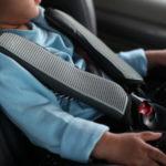 Bambini. Dispositivi di sicurezza nelle auto: cosa cambia