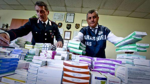 falso bollino sui farmaci a Milano