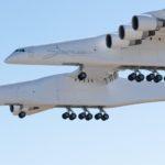 Stratolaunch è l'aereo più grande del mondo