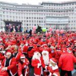 Raduno dei Babbi Natale all'ospedale Regina Margherita di Torino