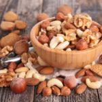 Mangiare frutta secca aiuta per la dieta