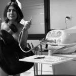 Senza camici e mascherine: dentisti francesi e medici tedeschi si spogliano