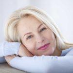 La menopausa è una fase molto delicata della vita della donna: come affrontare il cambiamento
