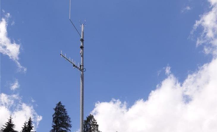 La nuova stazione meteorologica installata a Platt in Passiria, una delle circa 90 stazioni meteorologiche attive in Alto Adige (Foto: Agenzia per la Protezione Civile/Ufficio meteorologia e prevenzione valanghe)