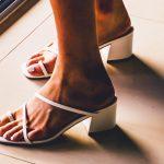 Sandali bassi anche in vacanza?